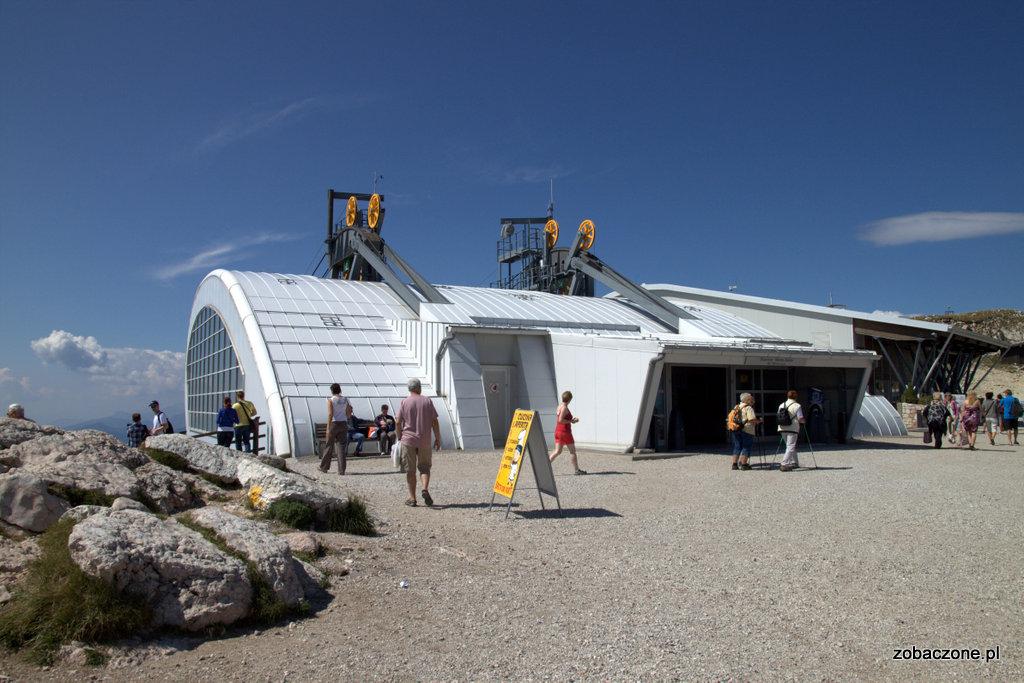 Górna stacja kolejki na Monte Baldo