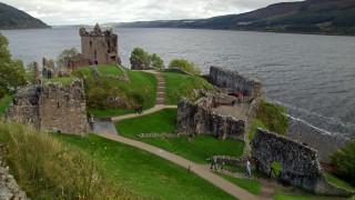 Urquhart Castle - ruiny zamku