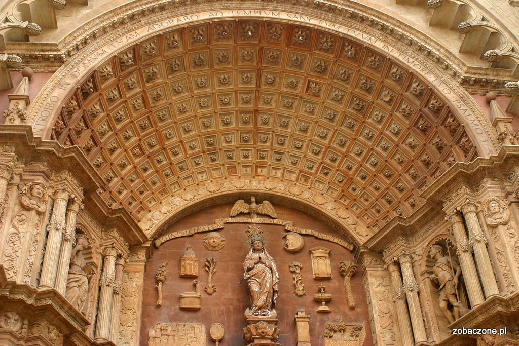 Portal katedry w Palma de Mallorca