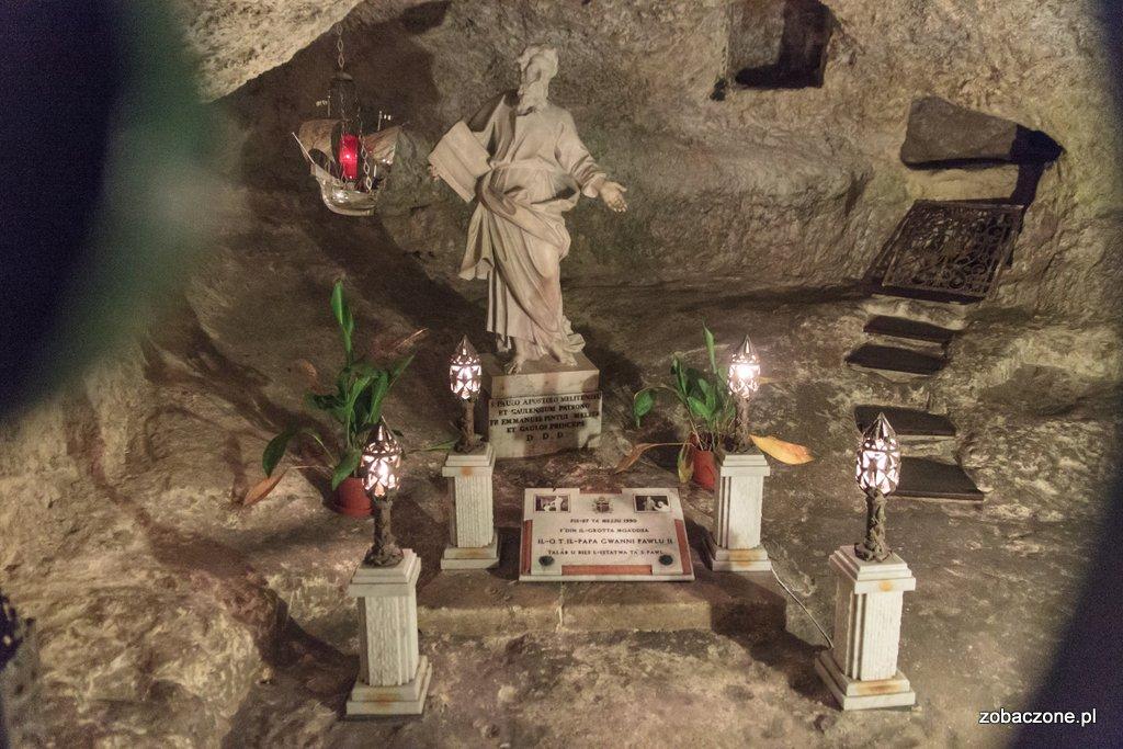 Grota św. Pawła - tutaj modlił się Jan Paweł II