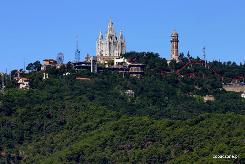 Wzgórze Tibitabo z charakterystyczną sylwetką bazyliki Sagrat Cor