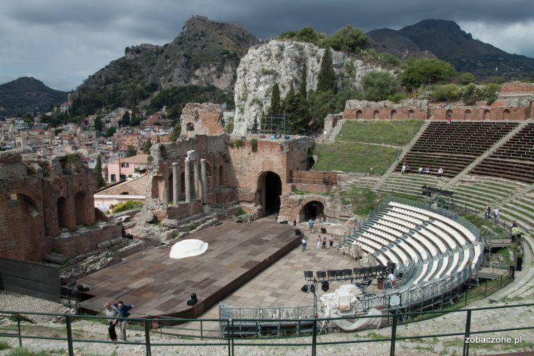 Teatr antyczny w Taorminie oferuje niezapomniane widoki